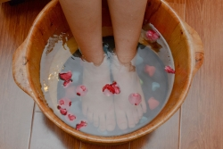 feet-massage-basin.jpg