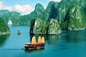DELUXE HA LONG BAY (Day Trip)
